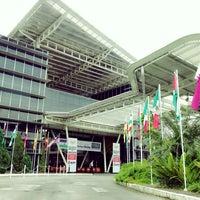 Photo prise au Limkokwing University of Creative Technology par Lena K. le1/19/2013