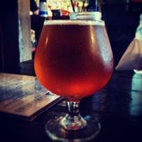 Foto tomada en SOHA Bar & Grill por stephen s. el 7/13/2013