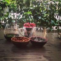 4/25/2013 tarihinde Özlem D.ziyaretçi tarafından Coffeeco'de çekilen fotoğraf