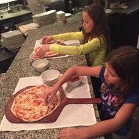 Das Foto wurde bei BRAVO! Cucina Italiana von Lisa M. am 12/1/2015 aufgenommen