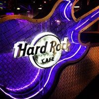 Foto diambil di Hard Rock Cafe Santiago oleh Camilo P. pada 5/4/2013