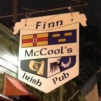 รูปภาพถ่ายที่ Finn McCool's Irish Pub โดย Nicole S. เมื่อ 2/23/2013
