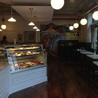 Das Foto wurde bei Bakery Nouveau von Jeremy B. am 4/30/2013 aufgenommen