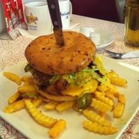 Photo prise au Starlite Diner par Alex Z. le10/13/2012