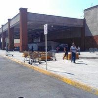 Foto tomada en Walmart por Aldiux A. el 2/4/2013