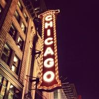 Foto tirada no(a) The Chicago Theatre por Daniel H. em 10/17/2012