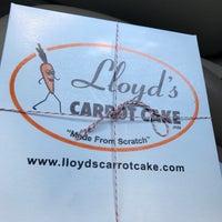 7/15/2017 tarihinde Mike D.ziyaretçi tarafından Lloyd's Carrot Cake'de çekilen fotoğraf
