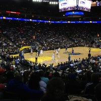 รูปภาพถ่ายที่ Oakland Arena โดย KaRiM O. เมื่อ 12/4/2012