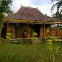 Das Foto wurde bei Pasulukan Loka Gandasasmita von alvin m. am 3/20/2013 aufgenommen