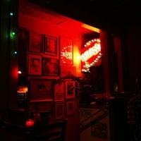 6/23/2013にMark J.がHula's Island Grill & Tiki Roomで撮った写真