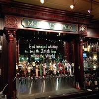 Das Foto wurde bei McGinley's Pub von Steven D. am 1/7/2014 aufgenommen