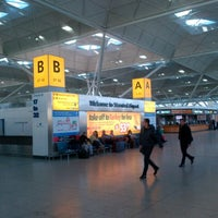 Foto scattata a London Stansted Airport (STN) da István K. il 2/14/2013