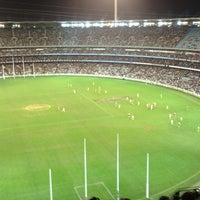 Das Foto wurde bei Melbourne Cricket Ground (MCG) von Mark H. am 6/30/2013 aufgenommen