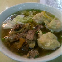 Снимок сделан в Wai Ying Fastfood (嶸嶸小食館) пользователем Osric Barrios y. 11/23/2012