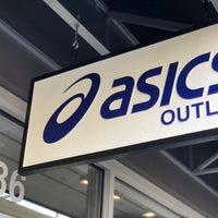 ASICS Outlet - Shoe Store in Livermore
