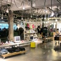 3/8/2013にYulia R.がSupermarket Concept Storeで撮った写真