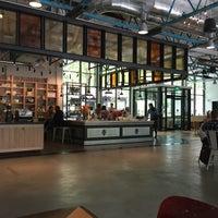 Foto tomada en La Marzocco Cafe por Joey B. el 7/10/2016