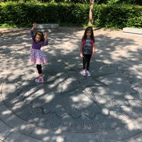 Das Foto wurde bei Crystal Palace Park Maze von Juston W. am 6/6/2018 aufgenommen