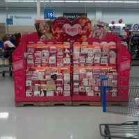Walmart Supercenter - 1015 New Moody Ln