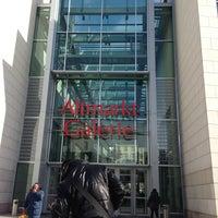 Das Foto wurde bei Altmarkt-Galerie von Viacheslav F. am 3/23/2013 aufgenommen