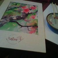 Foto tirada no(a) Sakura por Ana Zita F. em 12/12/2012
