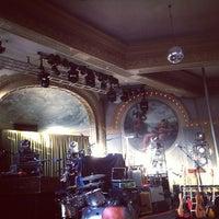 Foto scattata a Crystal Ballroom da Kristin B. il 6/23/2013