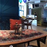 Foto tirada no(a) Lulo Kitchen & Bar por Arianti em 3/17/2013