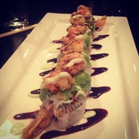 Foto diambil di Edoko Sushi & Robata oleh Thad D. pada 1/4/2013