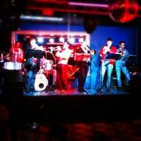 Foto scattata a Rossi's bar - Karaoke da Valentin P. il 12/9/2012