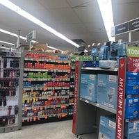 Foto diambil di Walgreens oleh SE🅰N R. pada 10/13/2017