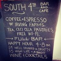 10/4/2013にLana W.がSouth 4th Bar & Cafeで撮った写真