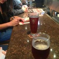 Foto scattata a BJ's Restaurant & Brewhouse da Chloe D. il 5/23/2013