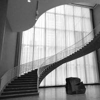 Das Foto wurde bei The Art Institute of Chicago von Mitzi L. am 2/21/2013 aufgenommen