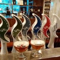 Снимок сделан в Newport Storm Brewery пользователем Brandon G. 2/19/2014