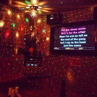 Foto tirada no(a) Chorus Karaoke & Lounge por Teddy em 7/5/2013