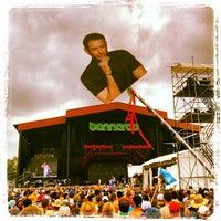 Photo prise au What Stage at Bonnaroo Music & Arts Festival par Pete B. le6/16/2013