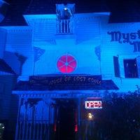 10/26/2013 tarihinde Mike M.ziyaretçi tarafından Mysterious Mansion'de çekilen fotoğraf