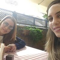Foto tomada en Müze Dostları Restaurant por Selin A. el 12/3/2014