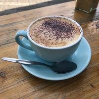 Foto scattata a Millfields Coffee da Kelly A. il 6/2/2018
