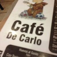 Foto tomada en Café de Carlo por David R. el 1/4/2013