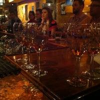 Снимок сделан в Mosaic Wine Lounge пользователем GAZ. 12/14/2012