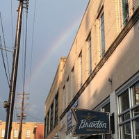 Foto diambil di Braxton Brewing Company oleh Amanda L. pada 6/27/2015