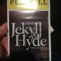 Foto tirada no(a) Marquis Theatre por Jeff C. em 4/8/2013