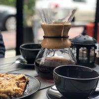 10/22/2018 tarihinde Oguz S.ziyaretçi tarafından Lungo Espresso Bar'de çekilen fotoğraf