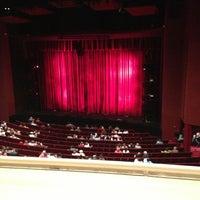 Photo prise au San Diego Civic Theatre par Cherster S. le6/1/2013