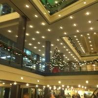 Photo prise au Temple Hoyne Buell Theater par Krista P. le12/7/2012