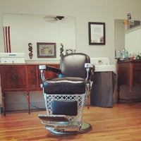 Photo prise au Foremost Barbershop par Tyler R. le7/25/2013