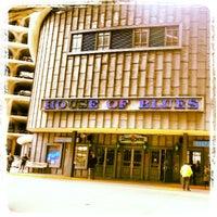 Foto tirada no(a) House of Blues por Jason D. em 3/16/2013
