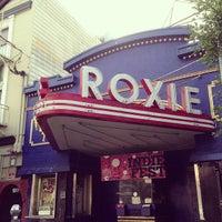 Снимок сделан в Roxie Cinema пользователем Lana C. 2/16/2013