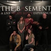รูปภาพถ่ายที่ THE BASEMENT: A Live Escape Room Experience โดย nicole c. เมื่อ 2/5/2018